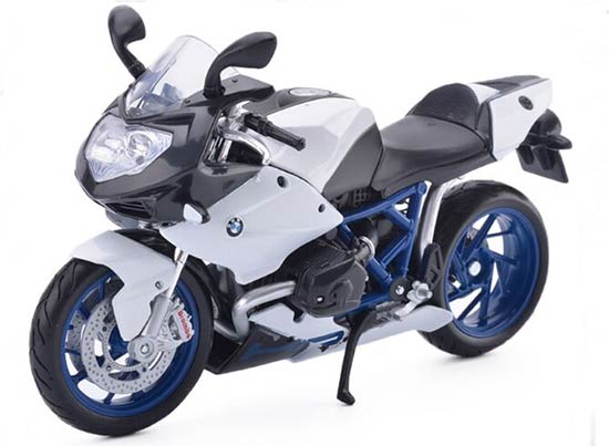 White 1:12 Scale MaiSto BMW HP2 Sport Motorcycle