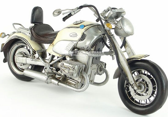 1:8 Scale White Tinplate Vintage Style BMW R1200C Model