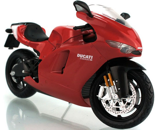 Red 1:12 Scale DUCATI Desmosedici RR GP Motorcycle