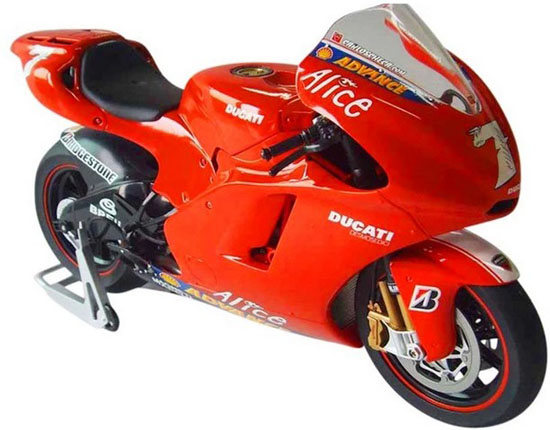 Red 1:9 Scale ITALERI Ducati Desmosedici Model