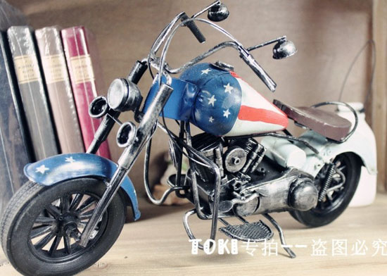 Red-Blue Large Scale National Flag Pattern Motorcycle Model
