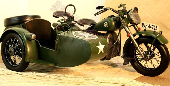 Army Green Large Scale Tinplate Military Motorcycle Model