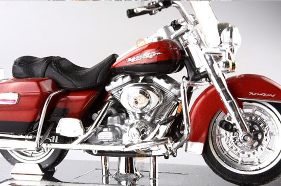 Red 1:18 Scale Harley Davidson 1999 FLHR Road King Motorcycle