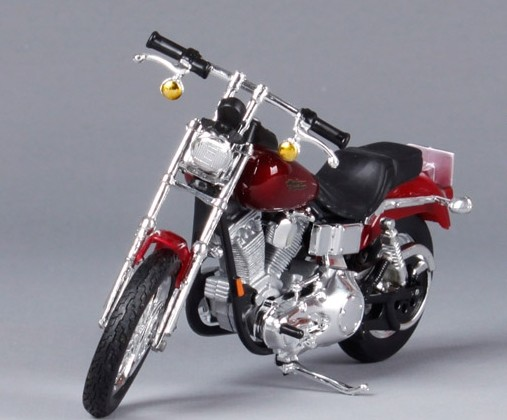 Wine Red 1:18 Scale Harley Davidson 2000 FXD Dyna Super Glide