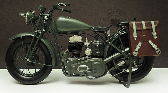 Army Green Medium Scale Vintage 1943 Harley Davidson WLA