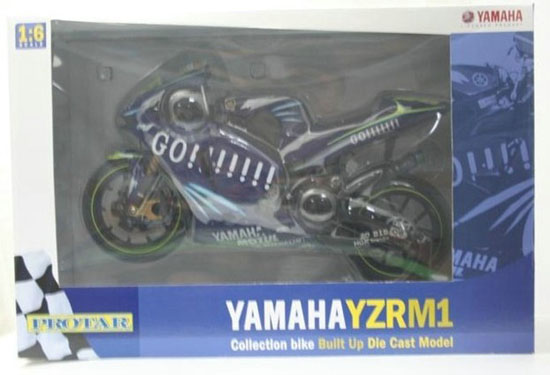Blue 1:6 Scale ITALERI Yamaha M1 YZR Model