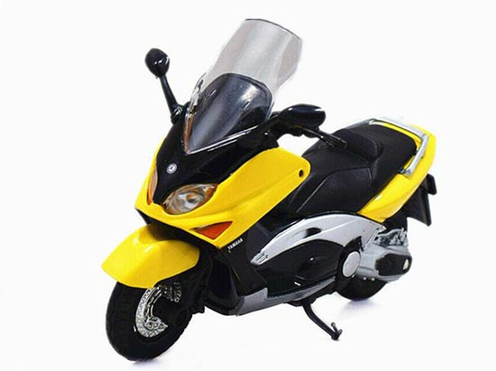yellow 1 18 scale welly yamaha 2001 xp500 tmax mc07b009. Black Bedroom Furniture Sets. Home Design Ideas