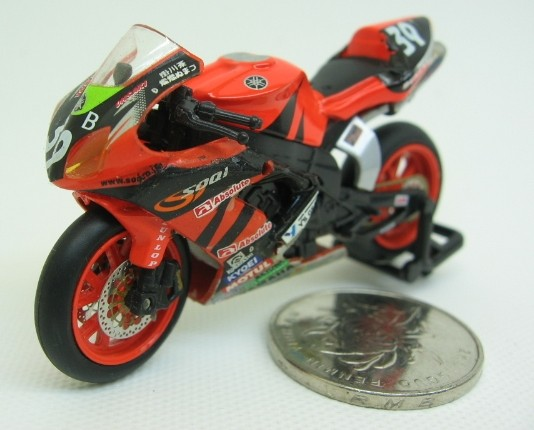 1:32 Mini Scale Red KYOSHO YAMAHA YZF-R1