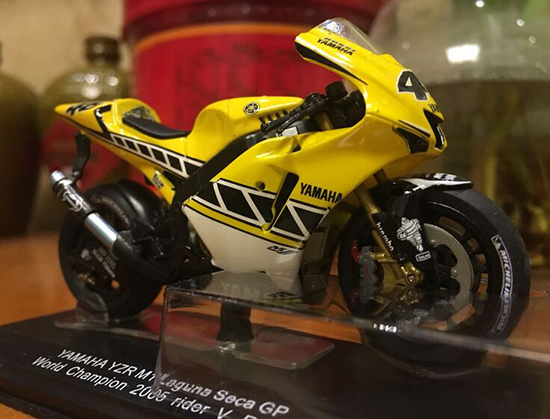 1:22 Scale Yellow YAMAHA YZR M1 GP Motorcycle