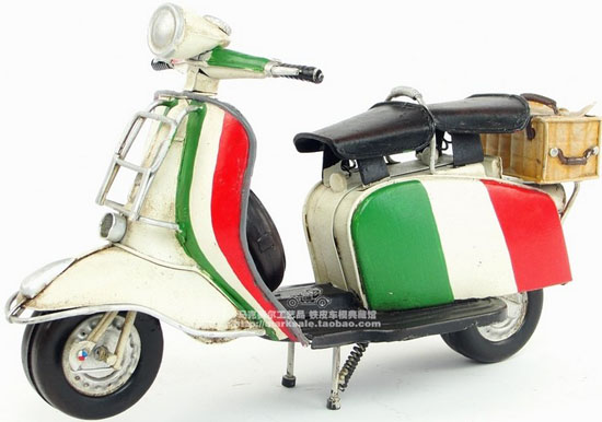Medium Scale Colorful Tinplate National Flag 1965 Vespa Model