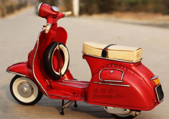 Medium Scale Red Tinplate Vintage 1958 Vespa Model
