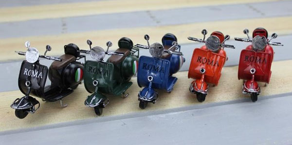 Black / Blue / Green / Red / Orange Tinplate Vespa Model