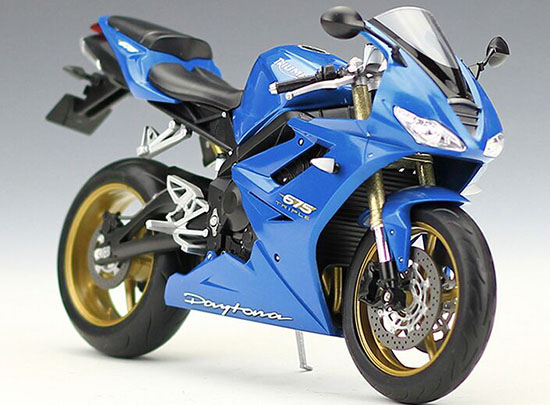 Blue / Red 1:10 Scale Welly Triumph Daytona 675 Model