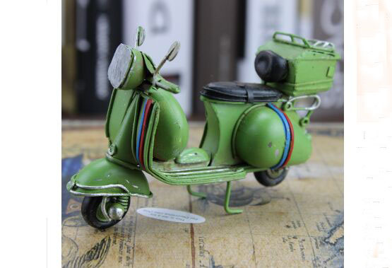Green / White Handmade 1:12 Scale Vintage Tinplate Vespa Model