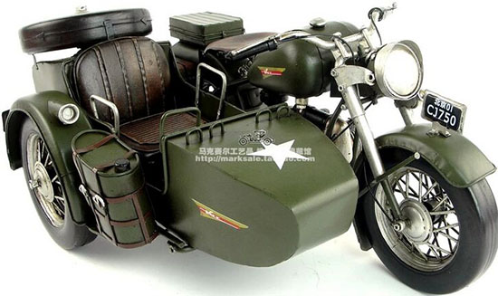 Army Green Handmade Tinplate Changjiang 750 Sidecar Motorcycle