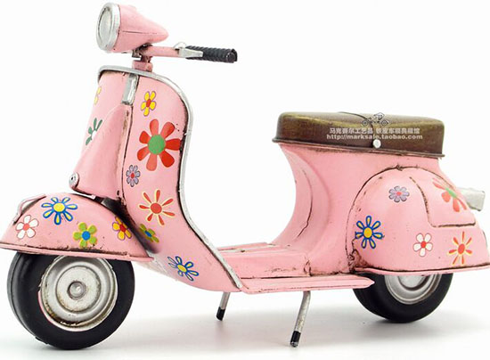 Handmade Pink Medium Scale Tinplate 1969 Vespa Scooter