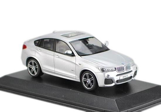 Silver 1:43 Scale Diecast BMW X4 Model