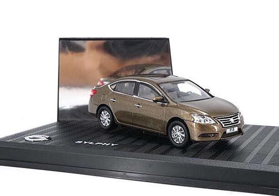 Brown 1:43 Scale Diecast Nissan Sylphy Model