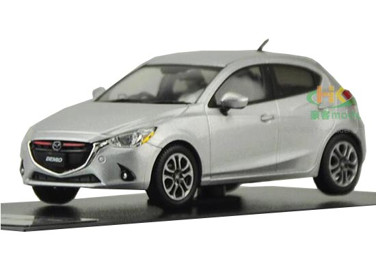 Silver / Gray 1:43 Scale Diecast Mazda 2 Demio Model