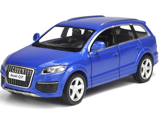 1:36 Kids White / Black / Blue / Red Diecast Audi Q7 Toy