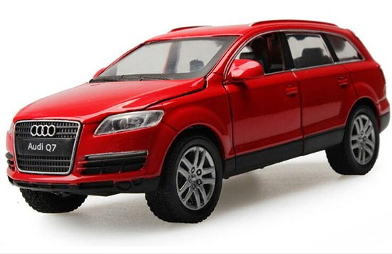Kids 1:32 Scale White / Black / Red Diecast Audi Q7 Toy