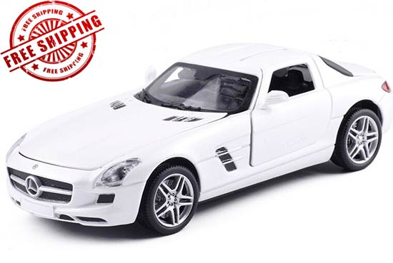 Red / White / Black 1:32 Diecast Mercedes-Benz SLS AMG Toy