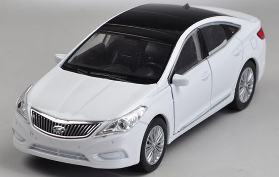 Kids White Welly 1:36 Scale Diecast Hyundai Grandeur Toy
