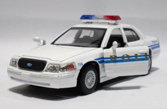 White 1:36 Scale Kids Police Diecast Ford Interceptor Toy