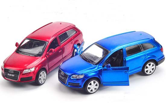 Kids Red / Blue 1:43 Scale Diecast Audi Q7 Toy