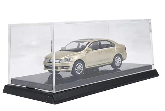 1:64 Scale Golden Diecast Volkswagen Santana Model