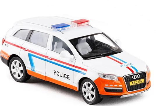 Police White-Orange 1:32 Scale Diecast Audi Q7 Toy